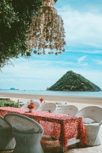 Brassiere-Beach-Resort7